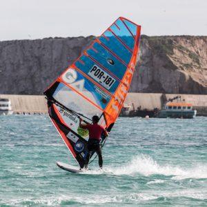 Windsurfer Carlos Climaco POR-181 con Sportlink.es